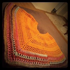 Sweaters - Plus size womens Poncho